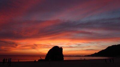 稲佐の浜 | 絶景事典