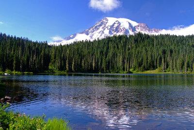 湖の輝きに | 絶景事典
