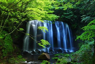 達沢不動滝 | 絶景事典