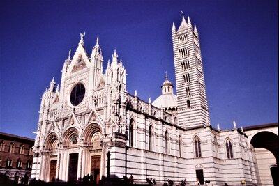シエナの大聖堂 | 絶景事典