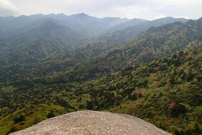 屋久島 太鼓岩からの絶景   絶景事典
