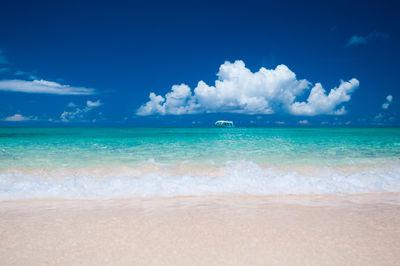与論島 ウドノスビーチ | 絶景事典