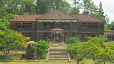 旧吹屋小学校校舎   絶景事典