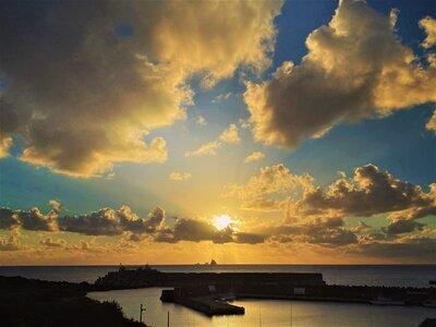 ハートの太陽が沈むサンセット   絶景事典
