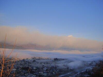 街が雲海に…。 | 絶景事典