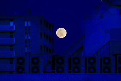 Full Moon | 絶景事典