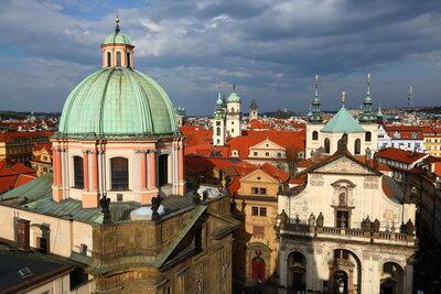 千塔の街プラハ | 絶景事典