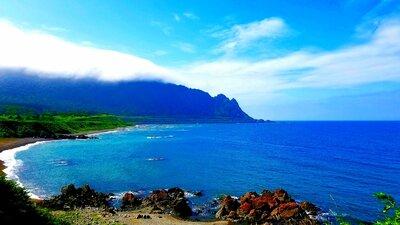 雲を纏う岬   絶景事典