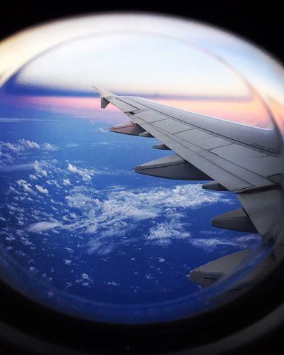 飛行機の窓から | 絶景事典