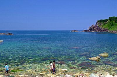 佐渡の海は輝いて | 絶景事典